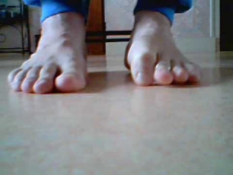 FEET TOE RING Video