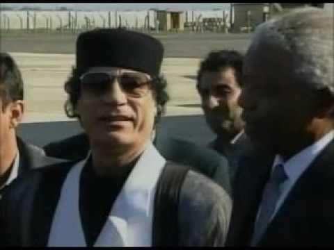 Nelson Mandela loves Muammar Gaddafi