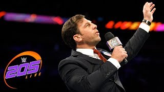Drew Gulak gives an uninterrupted PowerPoint presentation: WWE 205 Live, Oct. 17, 2017