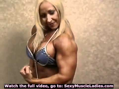 Big Sexy Female Bodybuilder Sexy Flexing Female Bodybuilder FBB