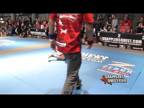 SUBMISSION: Jean-Paul LeBosnoyani vs Brett Grafton Grapplers Quest Las Vegas 2011 Grappling Action