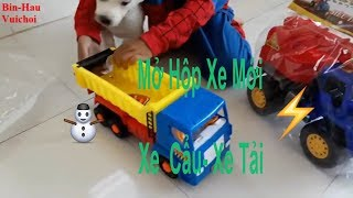 Mở hộp đồ chơi xe cẩu- xe tải chở hàng xe tải