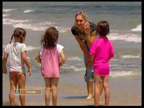 Elena Vesnina hits the beach Video