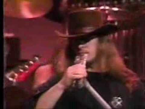 Lynyrd Skynyrd-Call Me The Breeze