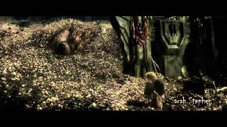 Dragon scene from The Hobbit The Desolation of Smaug 2013