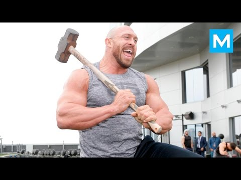 Ryback Training for Wrestling (WWE) | Muscle Madness