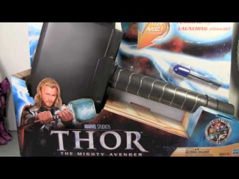 Thor Movie Lightning Hammer & Thor Helmet Armor of Asgard Role Play Toy Review