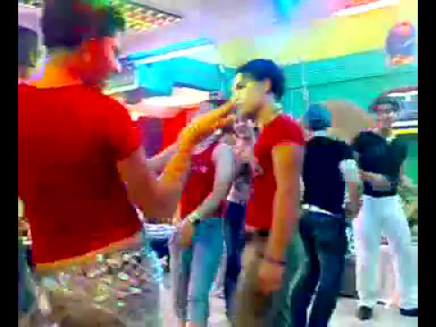 Discoy Kuran   Gay Arab video