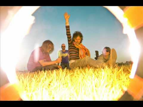 Flaming Lips - Staring At Sound/with You (reprise)