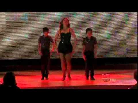 Bianca Marroqui Bailando CHICAGO  en Pequeños Gigantes