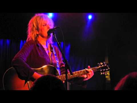 Lucinda Williams - Bus To Baton Rouge