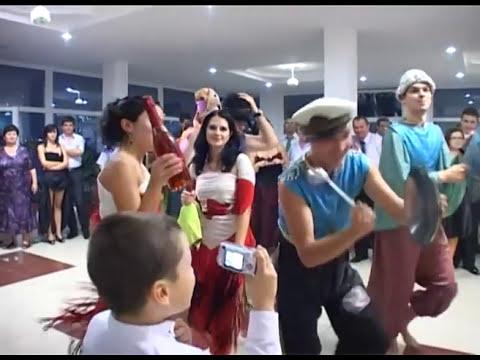Dansul găinii.mp4