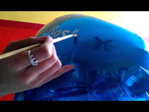 Tutorial como poner diamantina en globos youtube for Como poner chirok en el techo