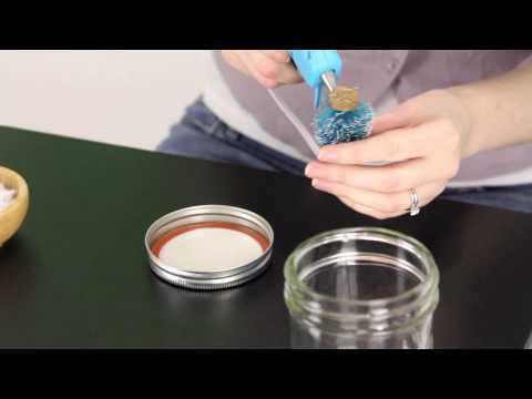 Snow Globe Jars | Brilliantly Bland Crafts