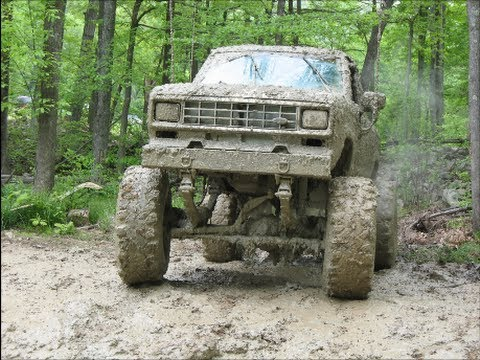 ( # 11 ) V8 POWERED FORD RANGER /DIAMOND-S-MUD  BOG  5-18-20