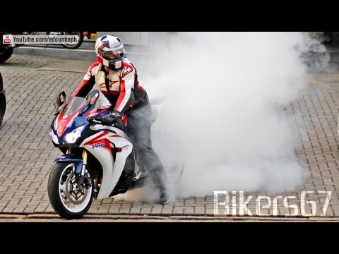 Honda CBR 1000RR Burnout. Yamaha & BMW Wheelie. Kawasaki. MV Agusta. Suzuki - Loud Exhaust Sounds