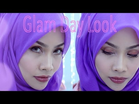 MEKAP HARIAN GLAMOR & SIMPLE