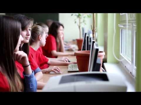 Zespół Szkół Gimnazjalno-Licealnych W Poznaniu Nr 37 - Film O Szkole