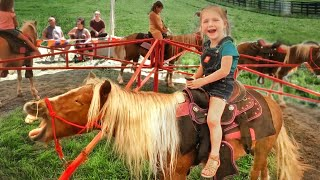 Adley rides BABY SPIRIT the horse!! Feeding Farm Animals at the Fair with Niko and Mom!