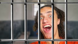 I'M IN PRISON! HELP ME! (GMod Funny Moments)