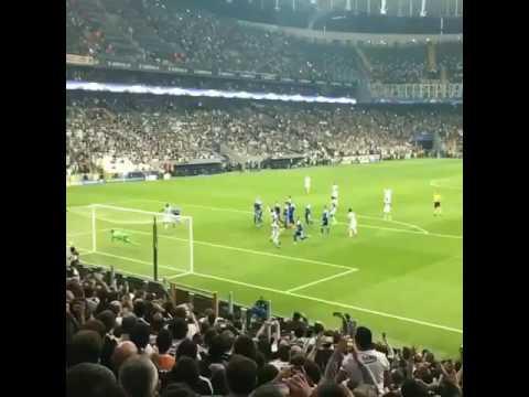 Quaresma Harika Frikik Golü Beşiktaş 1-1 Dinamo Kiev (Taraftar Çekimi-Yavaş Çekim)