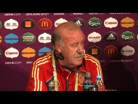 Spain coach Del Bosque warns against complacency