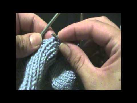 Уроки вязания спицами.  Как вязать носок. Часть 4.