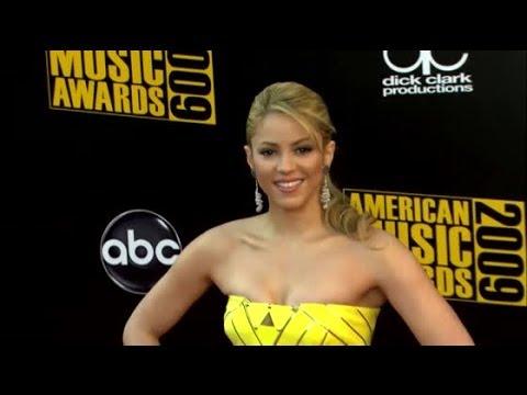 Shakira's Man Doesn't Like Her Too Skinny | Splash News TV | Splash News TV
