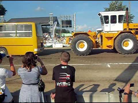 IKARUS BUSZ vs. RÁBA 300 !!!Tractor pulling, Hajdúböszörmény 2016