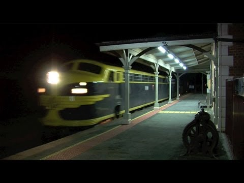 Pota Container Train At Elmore.  Mon 03 10 11 video