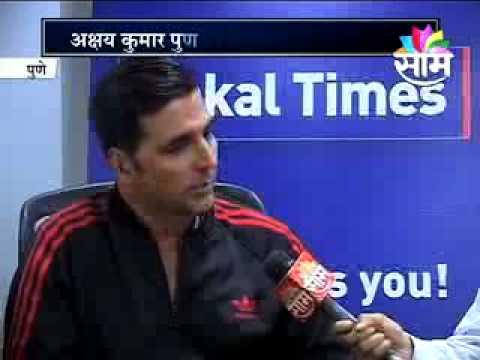 Bollywood Actor Akashay Kumar and Kajal Aggrawal at Sakaal Times Office.