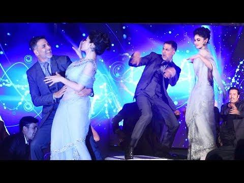 Gold Song Launch Complete Video HD- Akshay Kumar,Mouni Roy - Naino Se Baandhi