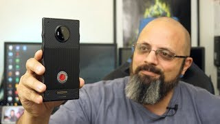 Unboxing And Initial Impressions Of The @RedHydrogen One Phone (Video & Audio Samples)  @Verizon