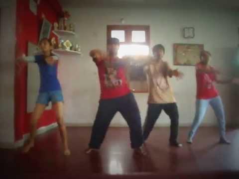 Dance On Batameez Dil Mane Na video