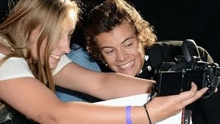 Harry Styles Lets Fans Kiss Him -- Behaves Better Than Justin Bieber, Kanye West and Other Celebs