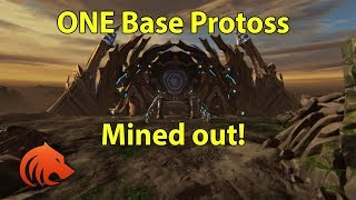 StarCraft 2: ONE BASE Protoss VS........Zerg?!