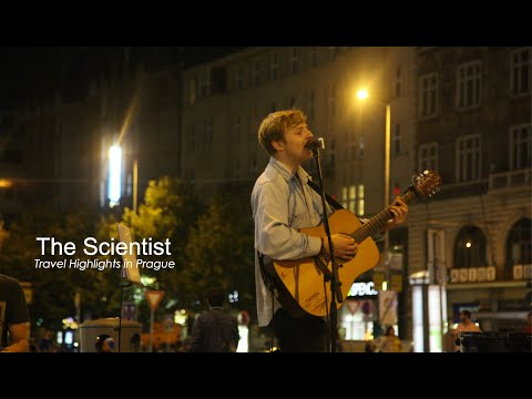 A band in Prague sings the Scientist. coldplay (cover)