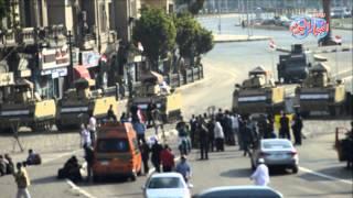 توافد أسر الشهداء على ميدان التحرير