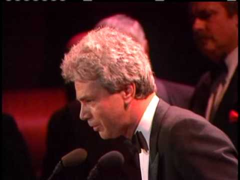 Lance Freed accepts induction for Alan Freed 1986