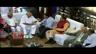 YS Jagan with Ramoji Rao at Manchu Manoj Wedding | HMTV Exclusive