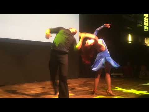 DIZC2014 Larissa and Kadu in performance ~ video by Zouk Soul