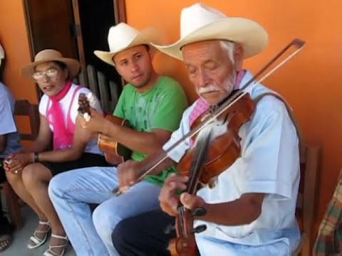 Colatlán: Sones de Carnaval