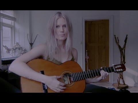Download  Old Scottish ballad  'House Carpenter' The Daemon Lover Gratis, download lagu terbaru
