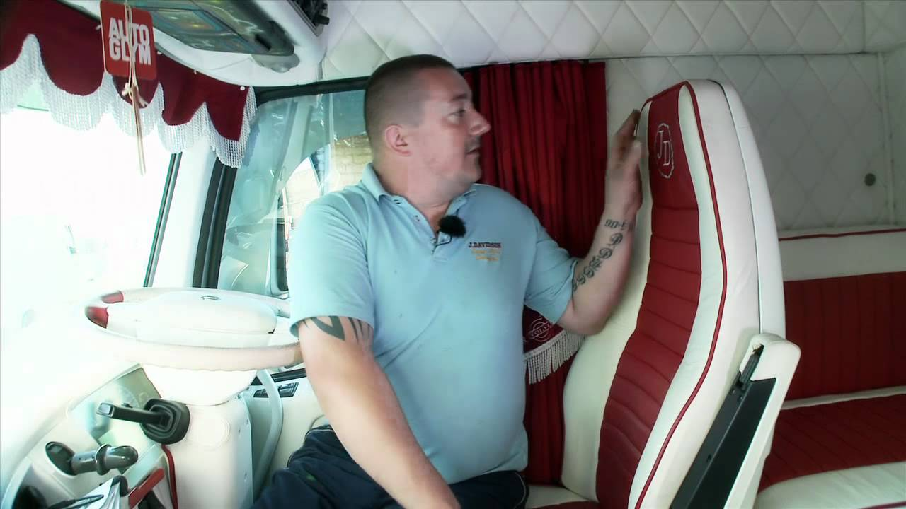 Volvo Trucks Uk Driver Wayne Connelly Shows His