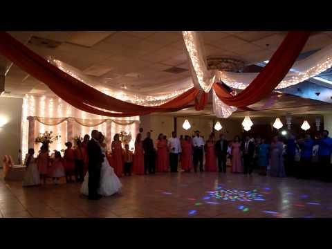 Nancy wedding estillo Valdez
