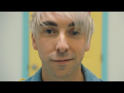 All Time Low: Birthday [OFFICIAL VIDEO]