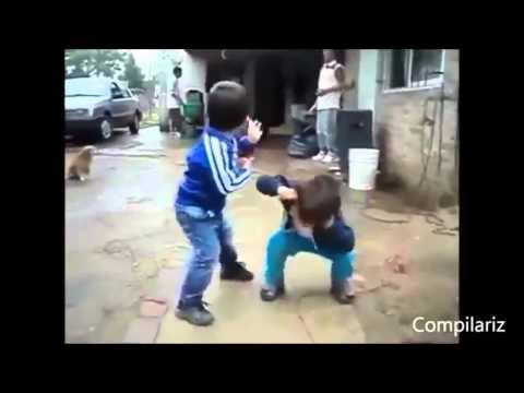 Посмотрите как танцуют дети!