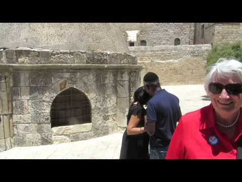 A surprising proposal of a couple from Ethiopia in the Church of the Holy Sepulchre Jerusalem
