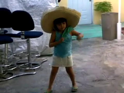 A la Chapis le gusta bailar