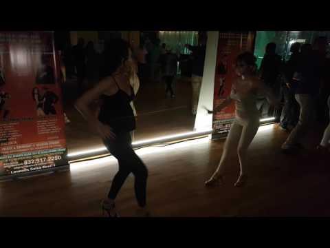Salsa Legends Fest - Selene Tovar y Brittney Vega